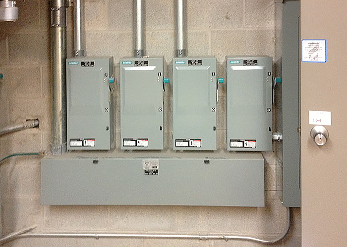MP Electric performs circuit breaker panel installations in Toronto