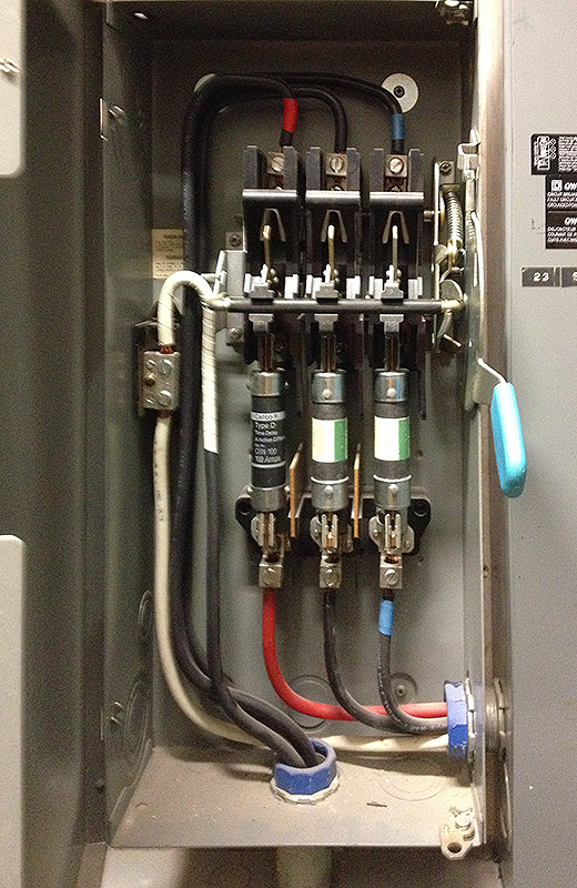 MP Electric performs fuse panel replacements in Toronto homes and condos